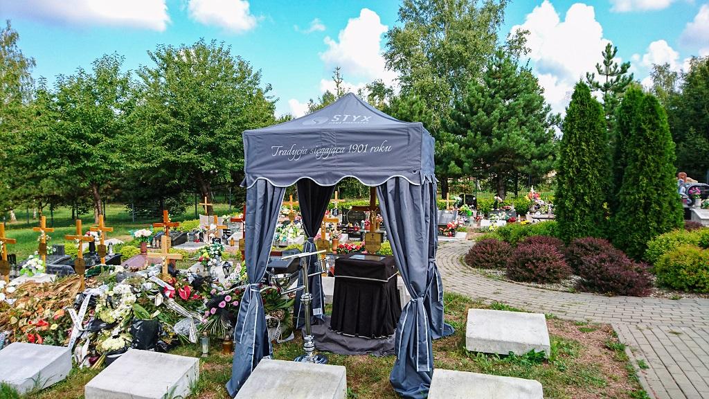 produkcja namiotów pogrzebowych