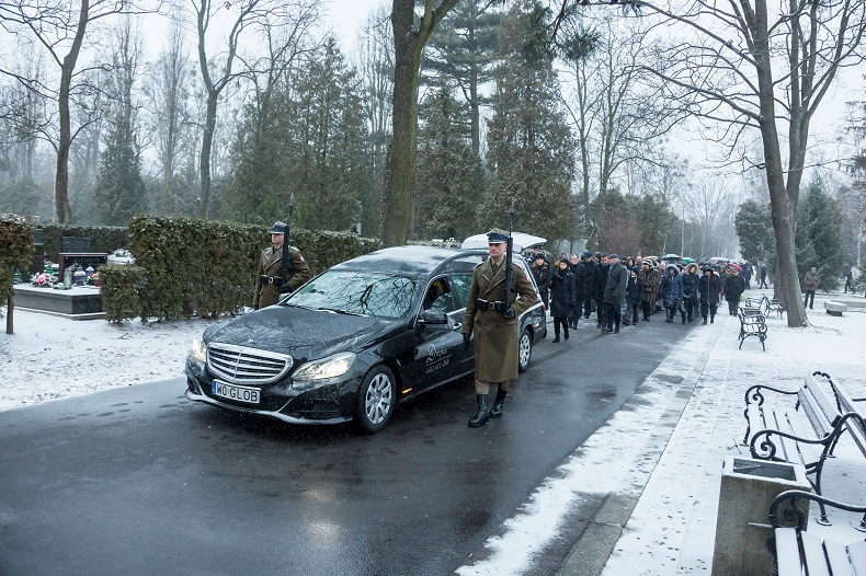 przewóz zmarłych do Polski
