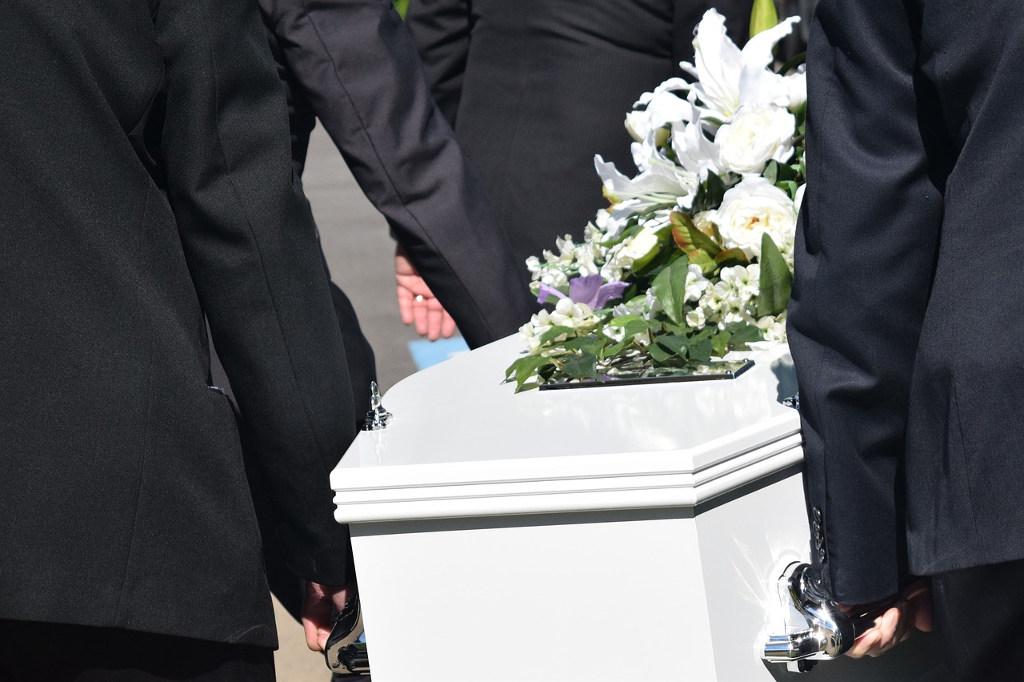 ile kosztuje pogrzeb w warszawie?