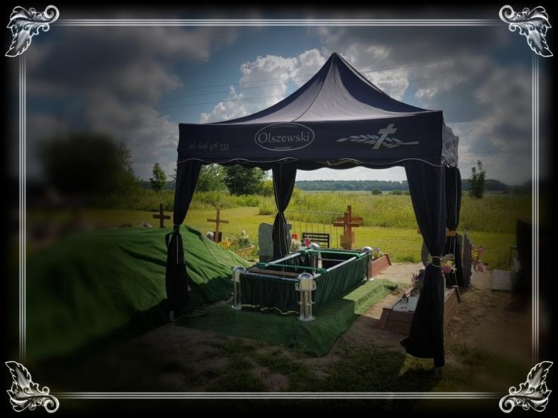 murowana goślina pogrzeby