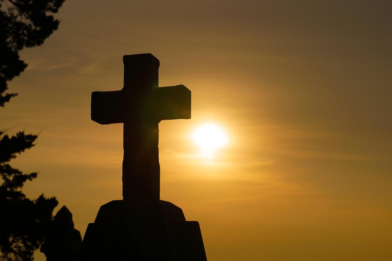 kiedy można odmówić pogrzebu kościelnego?