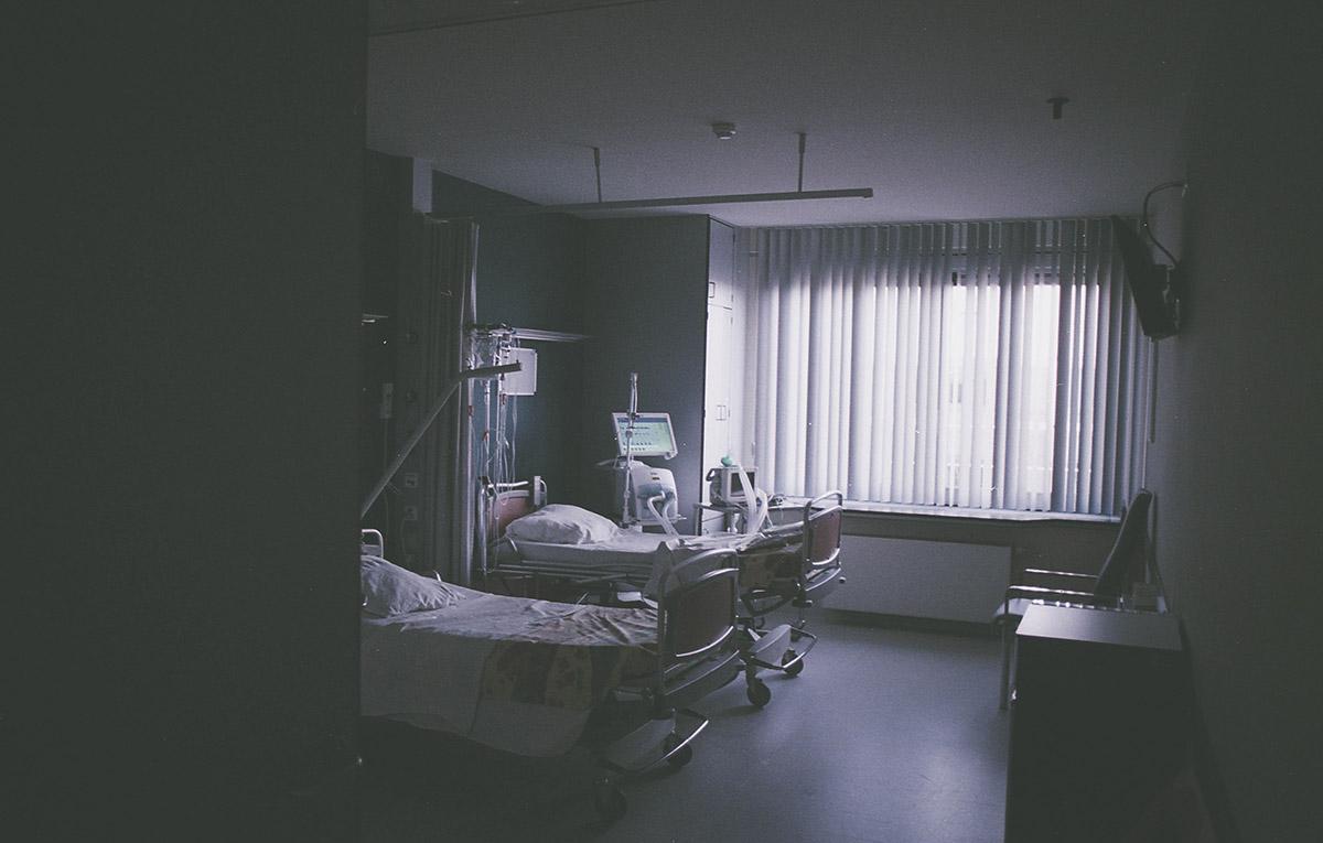 śmierć w szpitalu formalności